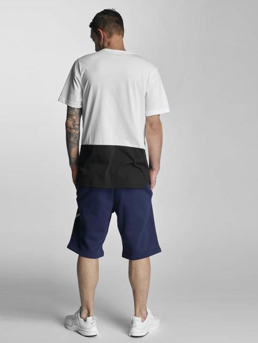 Nike Shorts FLC EXP Club blau