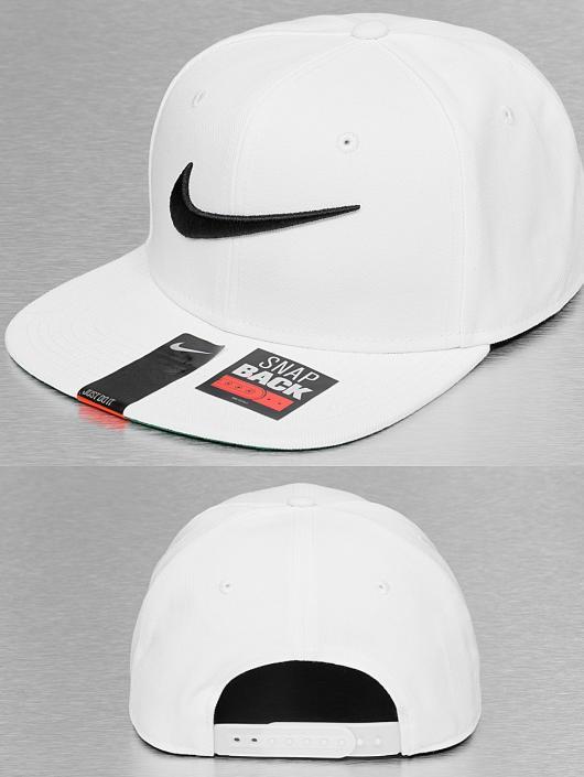 Nike Snapback Cap NSW Swoosh Pro in weiß 171839 39dfb57de08