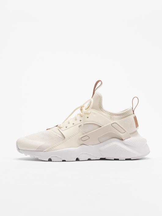 watch 50189 7d70e Nike Air Huarache Run Ultra Sneakers Phantom/Metallic Red Bronze/White