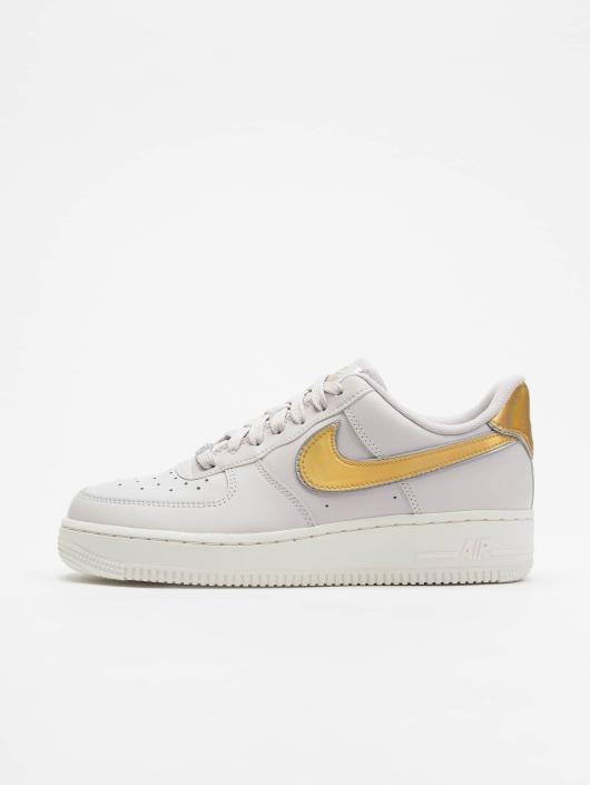 new style 726be 2651c ... Nike Sneaker Air Force 1 07 Metallic grau ...