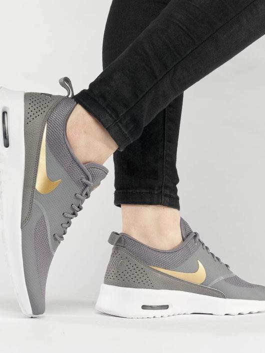 Nike sneaker Air Max Thea J grijs