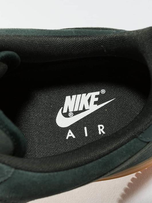 Nike Sneaker Air Force 1 '07 LV8 Suede grün