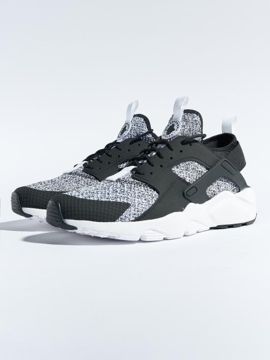 Nike Sneakers Air Huarache Run Ultra Se èierna