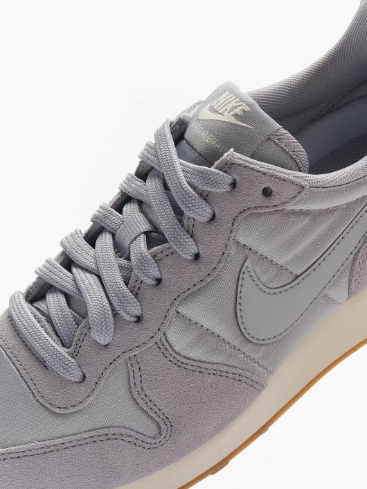 Nike Sneakers WMNS Internationalist šedá