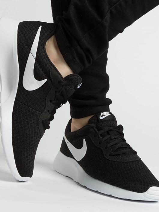 Nike Sneakers Tanjun black
