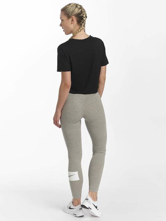 Nike T-Shirt Sportswear Essential noir