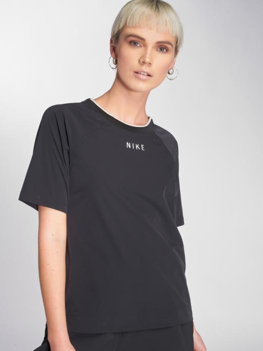 separation shoes 62033 54b4b ... Nike T-Shirt Sportswear Tech Pack noir ...