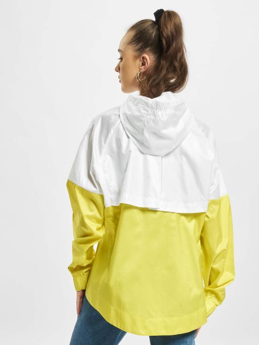 Nike Übergangsjacke  weiß