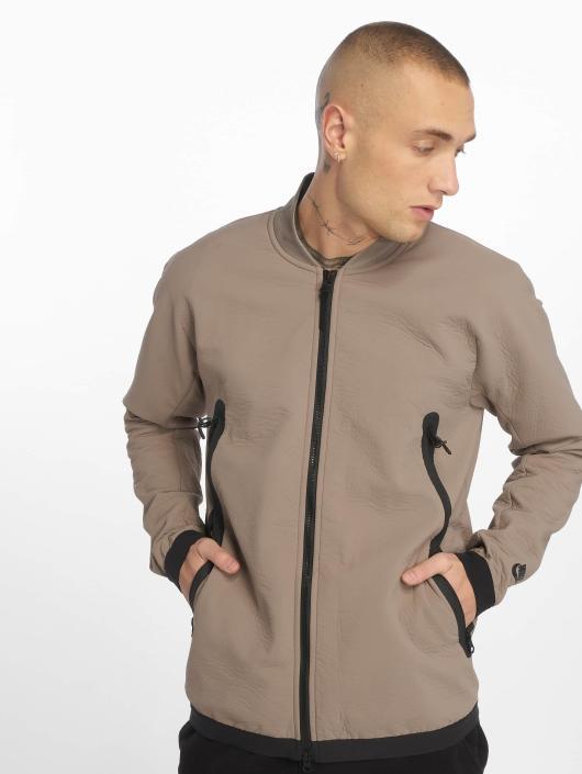 d24b9187be9 ... Nike Veste mi-saison légère Sportswear Tech Pack gris ...