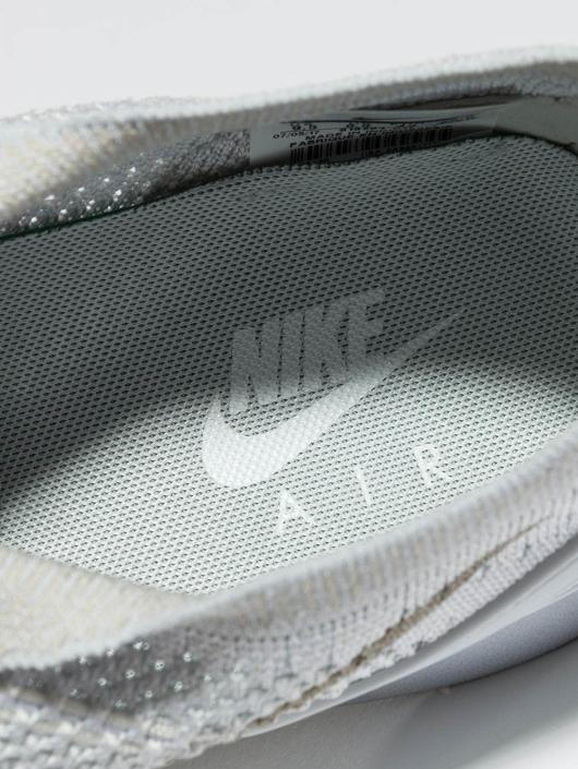 Nike Zapatillas de deporte Air Zoom Mariah Flyknit Racer plata