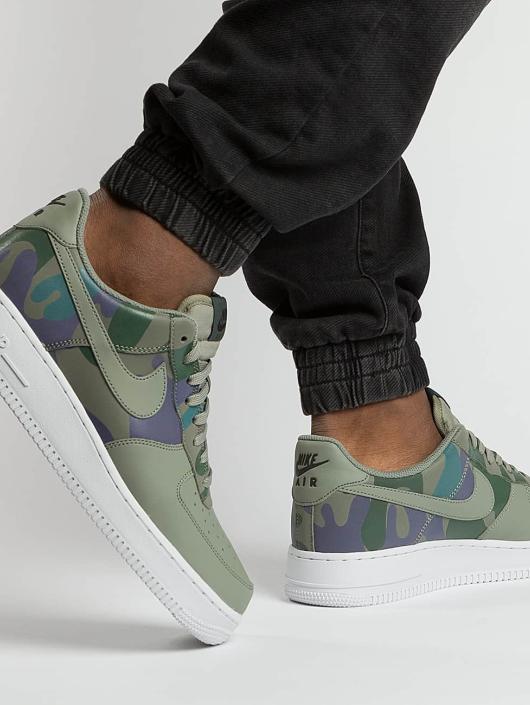 Nike Zapatillas de deporte Air Force 1 07' LV8 verde