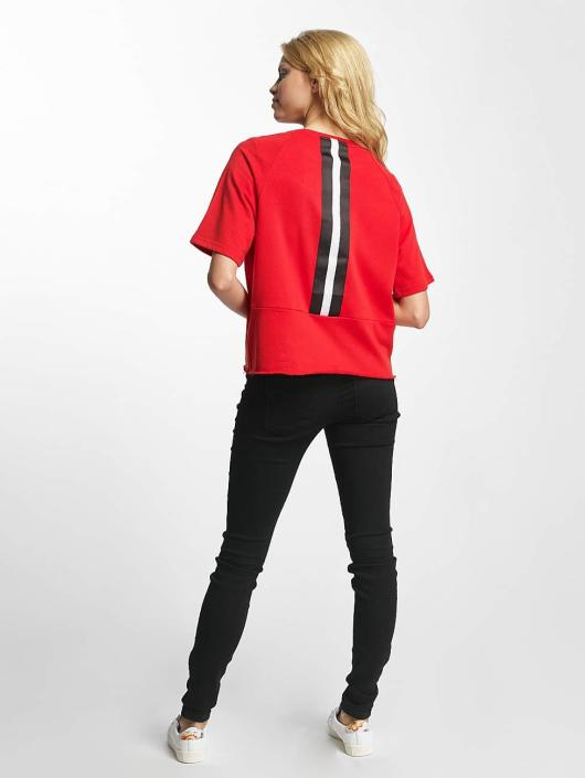 Noisy May T-paidat nmKaya punainen