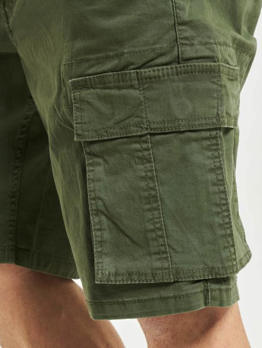 Only & Sons Shorts onsTony olive