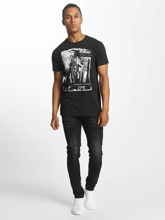 Paris Premium t-shirt Attitude is everything zwart