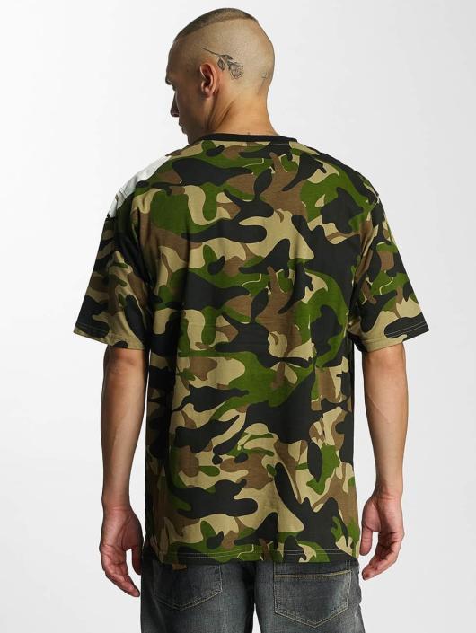 pelle pelle demolition camouflage homme t shirt 318945. Black Bedroom Furniture Sets. Home Design Ideas