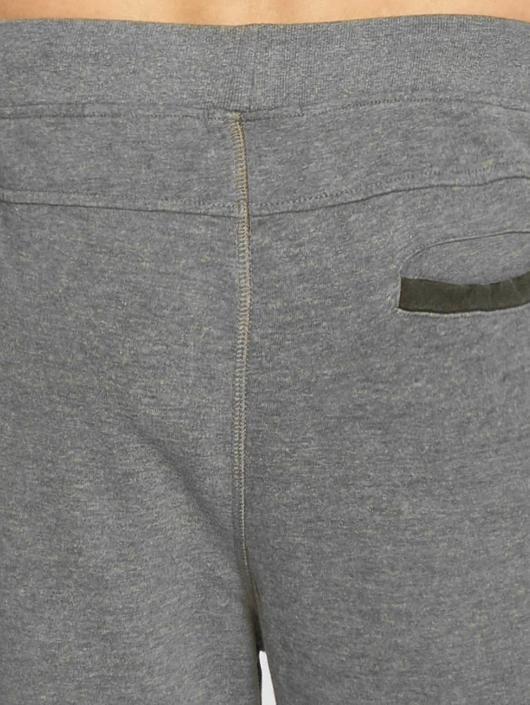 Petrol Industries Pantalón cortos Chino gris