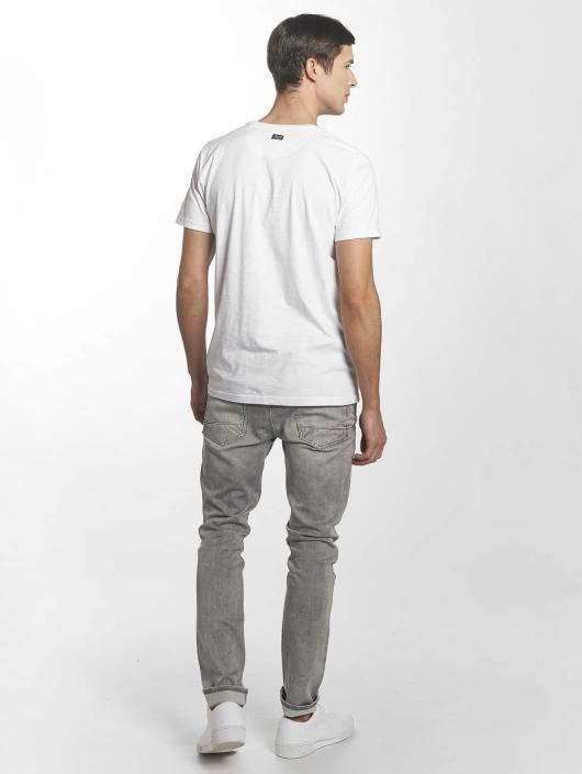 Petrol Industries T-Shirt Piranhas white