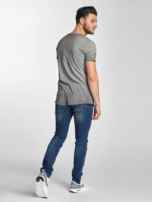 Red Bridge T-Shirt Stitched Seam grey