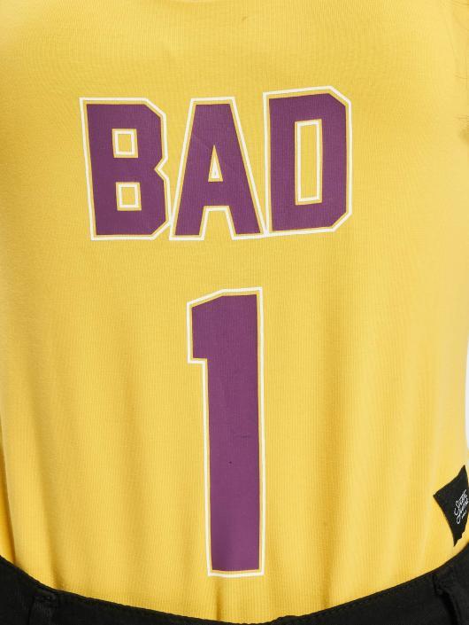 Sixth June Body Bad giallo