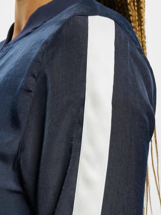 Sixth June Bundy na přechodné roční období Transition modrý