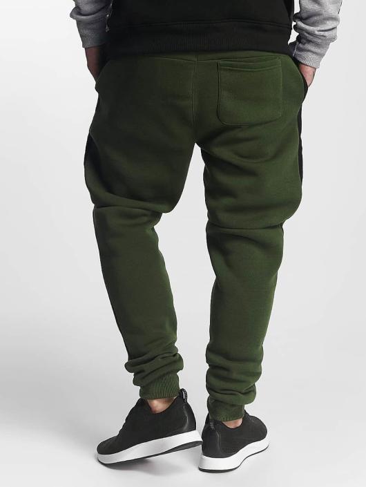 Southpole Jogging kalhoty Patch olivový