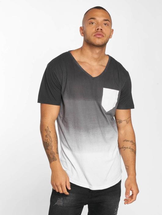 trueprodigy T-Shirt What Happens black