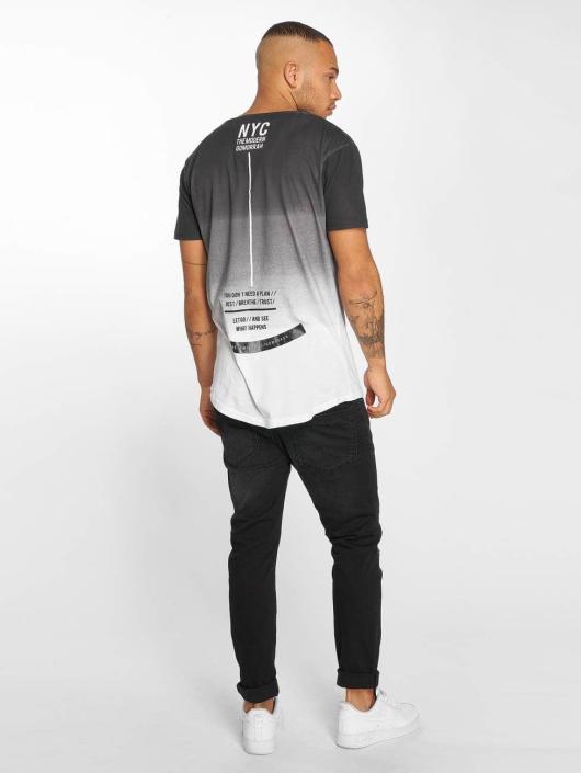 trueprodigy T-Shirt What Happens schwarz