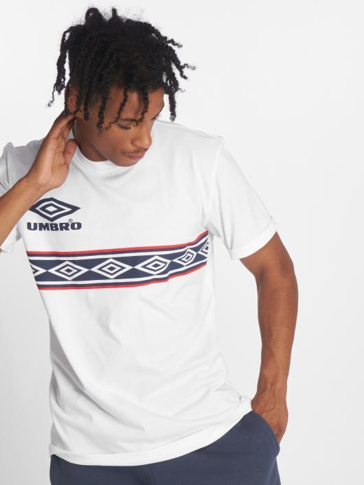 Umbro T-skjorter Templar Crew hvit