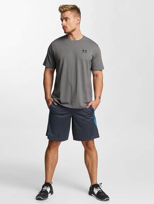 Under Armour T-skjorter Charged Cotton Left Chest Lockup grå
