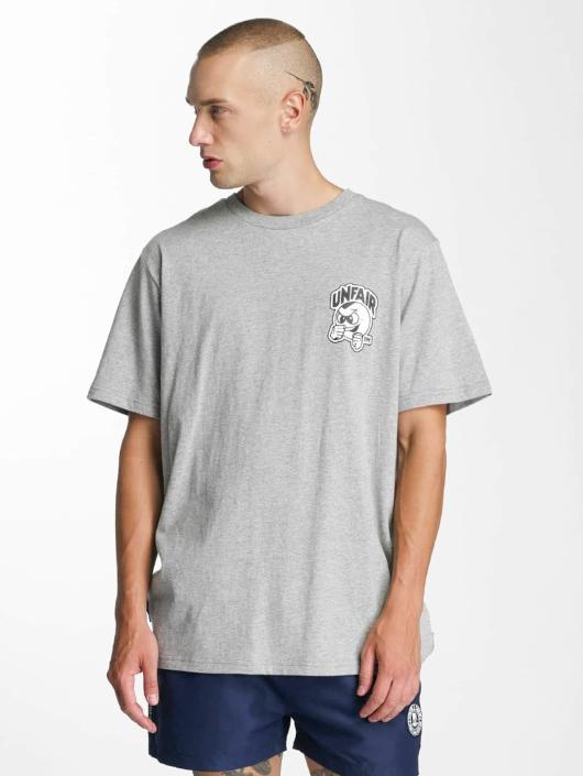 UNFAIR ATHLETICS T-Shirt Punchingball grau
