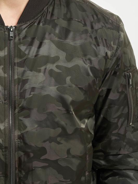 Urban Classics Куртка-бомбардир Tonal Camo оливковый