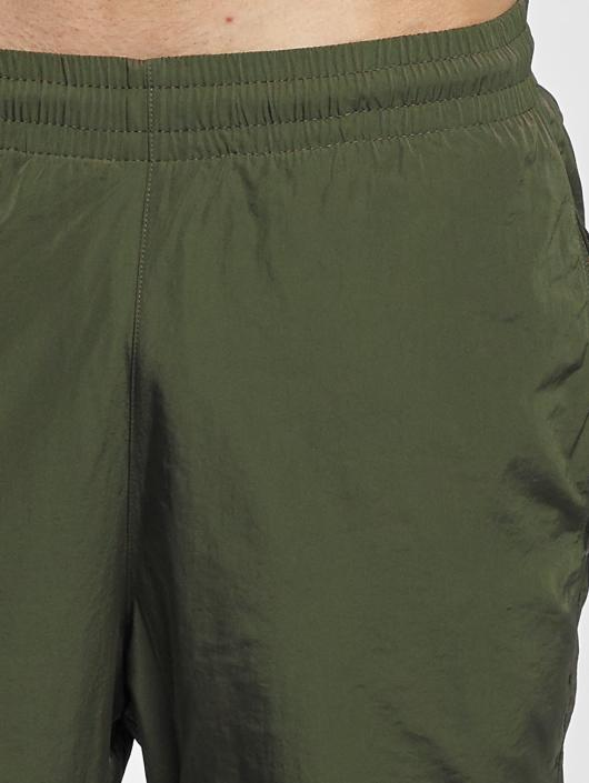 Urban Classics Спортивные брюки Nylon Training оливковый