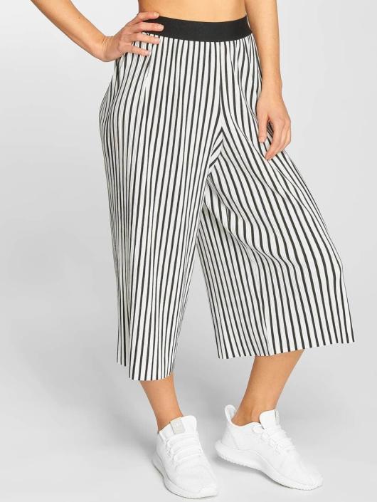 Urban Classics Chino Stripe Pleated Culotte weiß