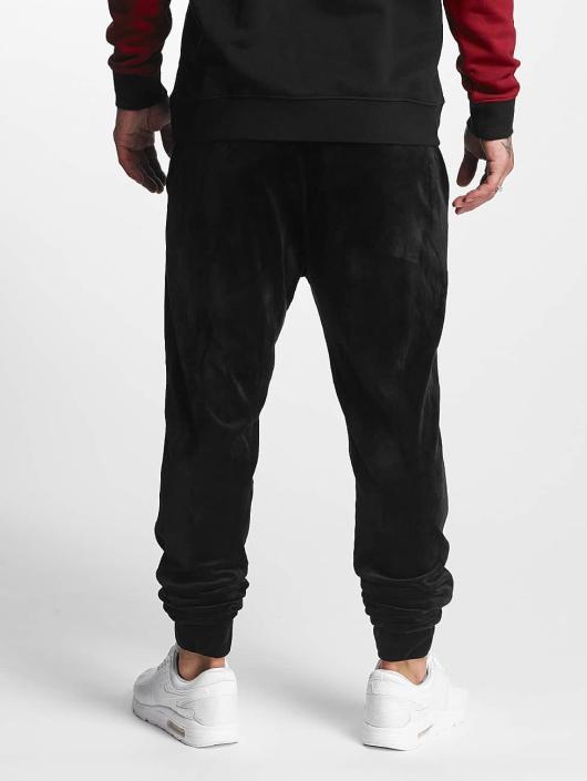 Urban Classics Joggebukser Velvet svart