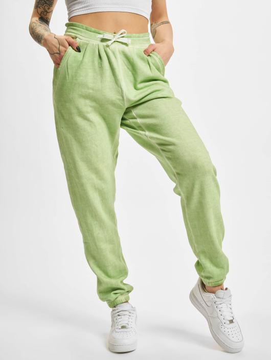 Joggingbroek Groen.Urban Classics Broek Joggingbroek Ladies Spray Dye In Groen 105075