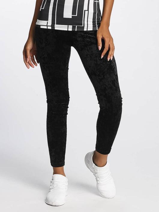 Urban Classics Leggings/Treggings Velvet svart