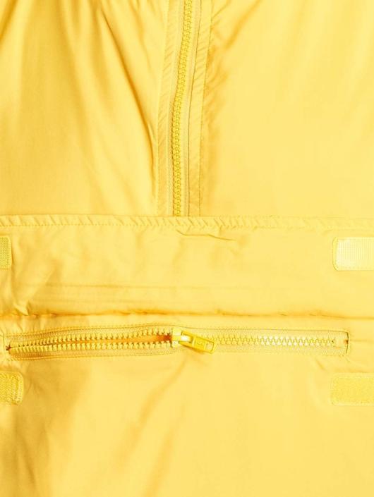 Urban Classics Prechodné vetrovky Basic žltá