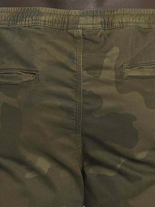 Urban Classics Short Camo Jogger camouflage