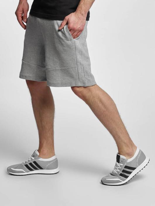 Urban Classics Shorts Interlock grau