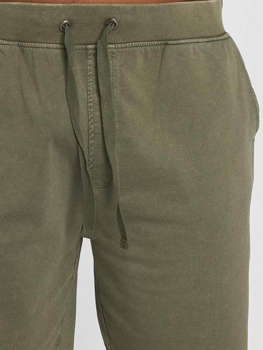 Urban Classics Shorts Acid oliven