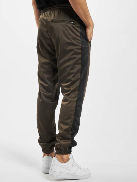 Urban Classics Spodnie do joggingu Albany oliwkowy