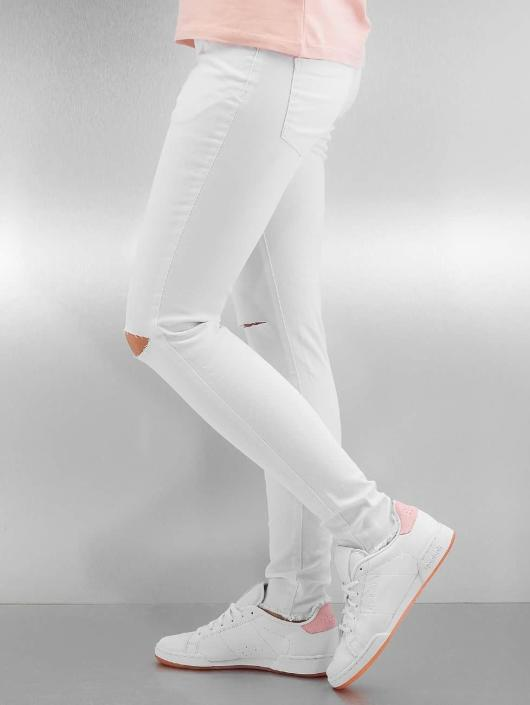 Urban Classics Straight Fit Jeans Ladies Cut Knee white