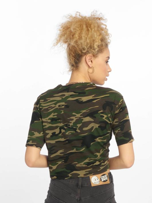urban classics damen t shirt cropped oversize in camouflage 475246. Black Bedroom Furniture Sets. Home Design Ideas