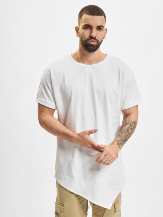 a0d5641f4434 Urban Classics Herren T-Shirt Asymetric Long in weiß 263418