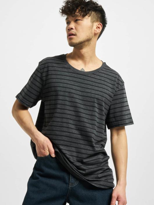 Urban Classics Tričká Striped šedá