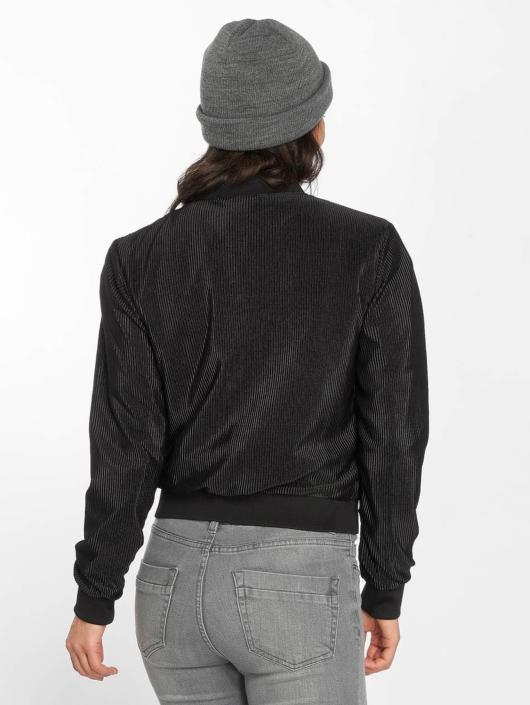 Urban Classics Übergangsjacke Pleated Blouson schwarz