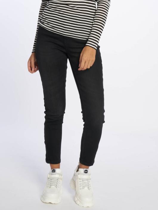 Vero Moda dżinsy przylegające vmSeven Ankle czarny
