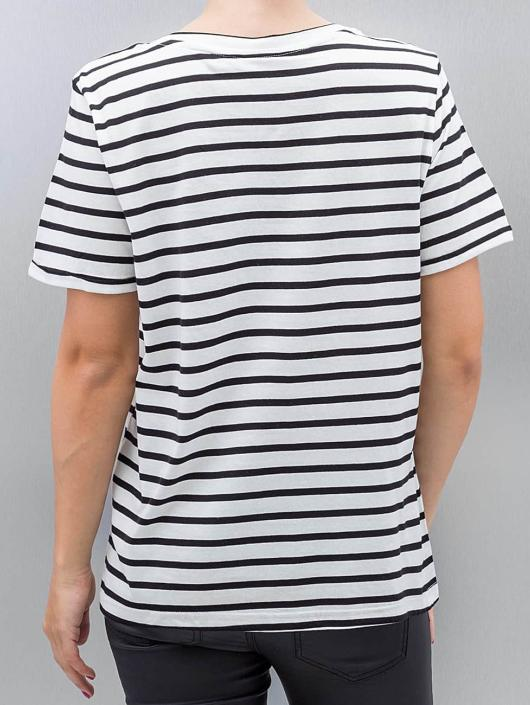 Vero Moda T-Shirt vmWilly Patch weiß