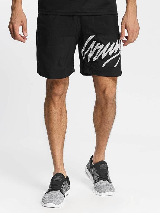 Wrung Division Shorts Alpha svart