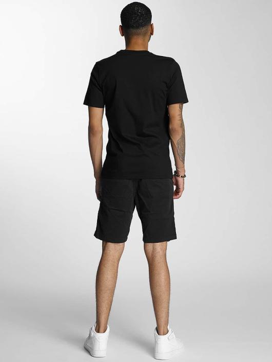 Wrung Division T-Shirt Truck schwarz